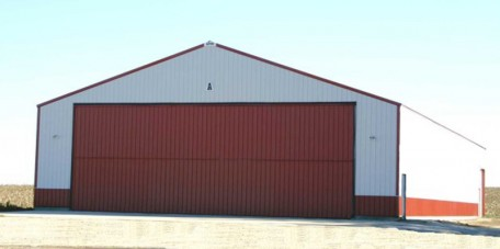 Truck Shop & Storage w/ Hanger