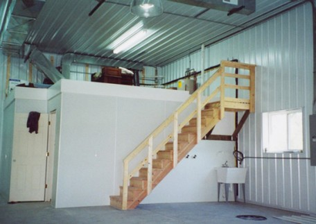 Interior - Multi-purpose Interior building. Used as garage, agricultural building with added storage solutions.